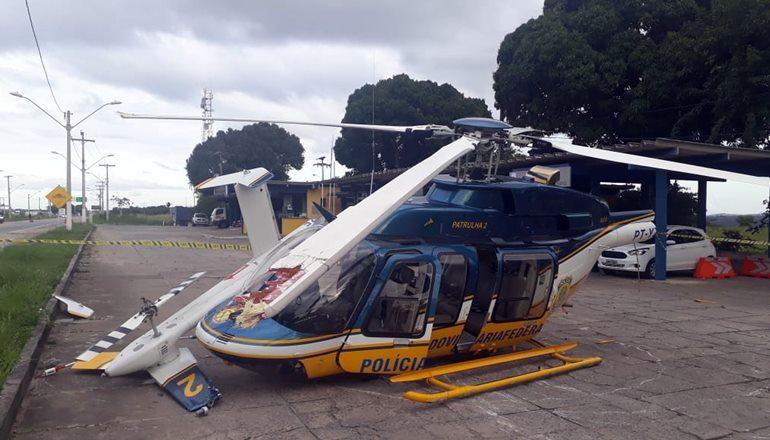 Helicóptero da PRF cai ao tentar fazer pouso no sul da Bahia e piloto fica ferido