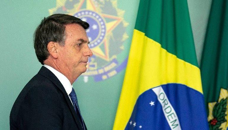 Em rede social, Bolsonaro diz que 'com reforma, quem ganha menos pagará menos'
