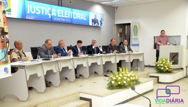 TRE-BA convoca a imprensa local para uma coletiva e detalha tudo sobre o recadastramento biométrico obrigatório em Teixeira de Freitas; confira!