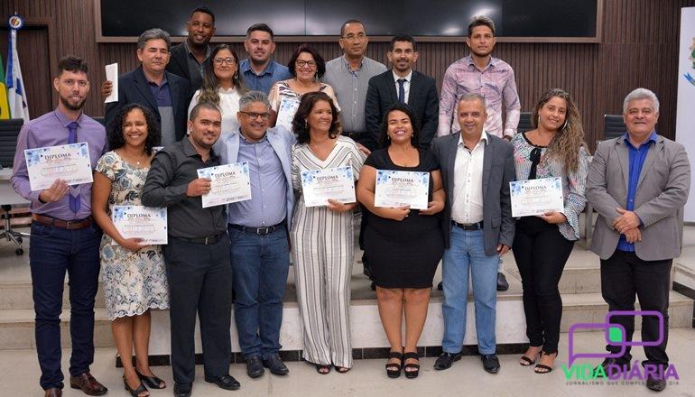 Os 10 novos conselheiros tutelares de Teixeira de Freitas são empossados na Câmara Municipal de Vereadores; confira!